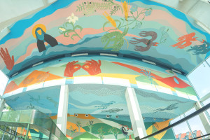 Alicja Biała stworzyła ogromny mural w Concordia Design Wrocław. Oto jak wygląda!