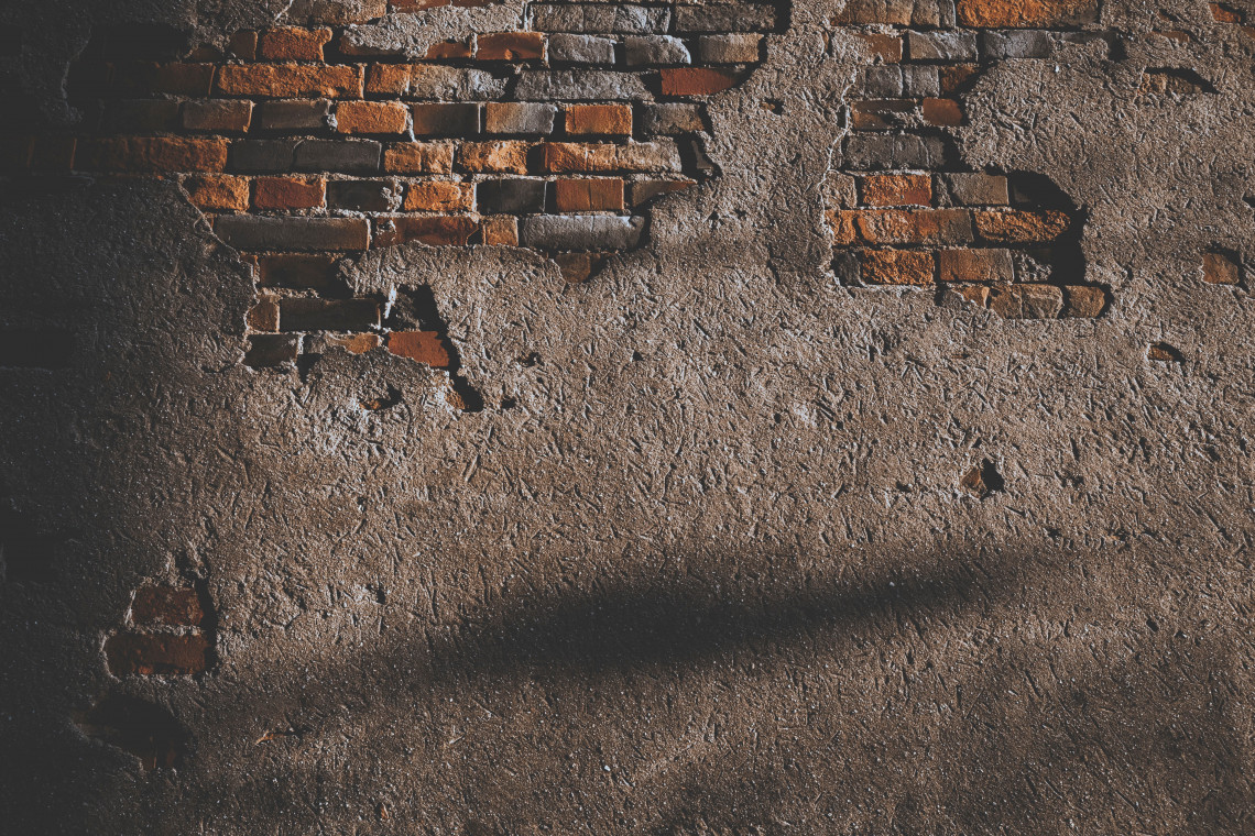 Konserwatorzy zabezpieczą część ruin jednego z krematoriów w Auschwitz