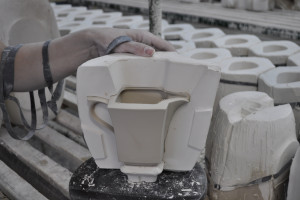Tak powstaje porcelana. Zobacz cały proces od kuchni