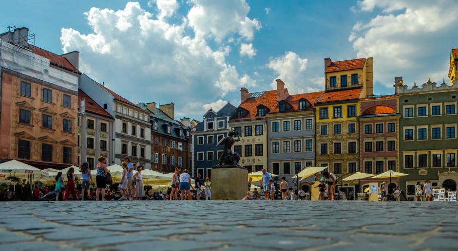Kurtyny wodne w Warszawie w tym roku z Budżetu Obywatelskiego