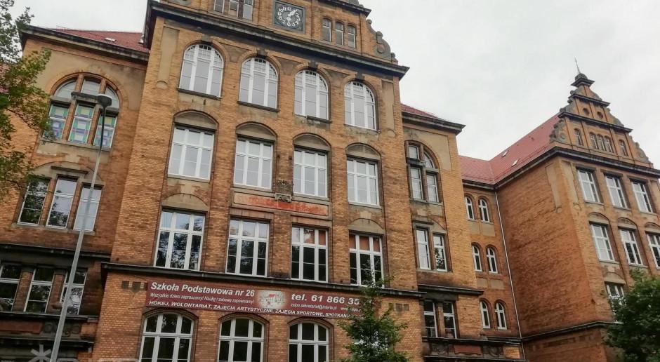 Trzy firmy chcą odnowić zabytkową szkołę w Poznaniu