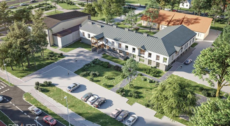 Przebudowa Urzędu Miasta Józefowa. Inspiracją dla architektów był styl nadświdrzański