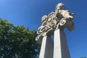 Zabytkowy witacz z herbem Gdańska wrócił na swoje miejsce