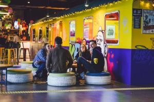 20 konceptów gastronomicznych, strefa relaksu pod chmurką - Stacja Food Hall podsumowuje rok swojego istnienia