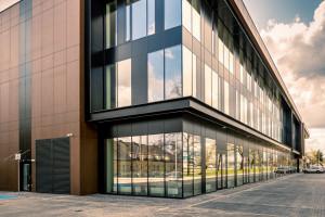 To największy salon motocyklowy w Europie projektu polskiej pracowni