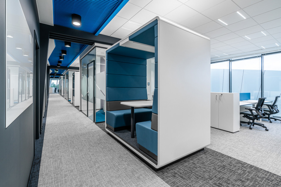 Oto najnowsza realizacja Massive Design. Tym razem zaprojektowali niezwykłe biuro w Toruniu