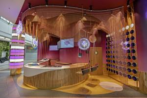 Słodki design jak w amerykańskim koktajl barze z lat 50. A to jedna z nowo otwartych lodziarni w warszawskiej galerii