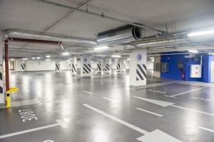 Parkingi w The Warsaw Hub z żywicznymi posadzkami