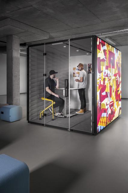 Mobilna alternatywa dla murali w biurze