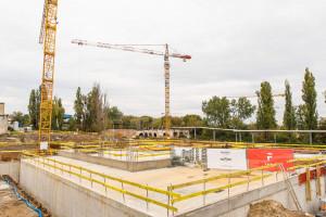 Ta inwestycja odmieni cały kwartał Poznania. Kamień pod największy projekt w dzielnicy wmurowany