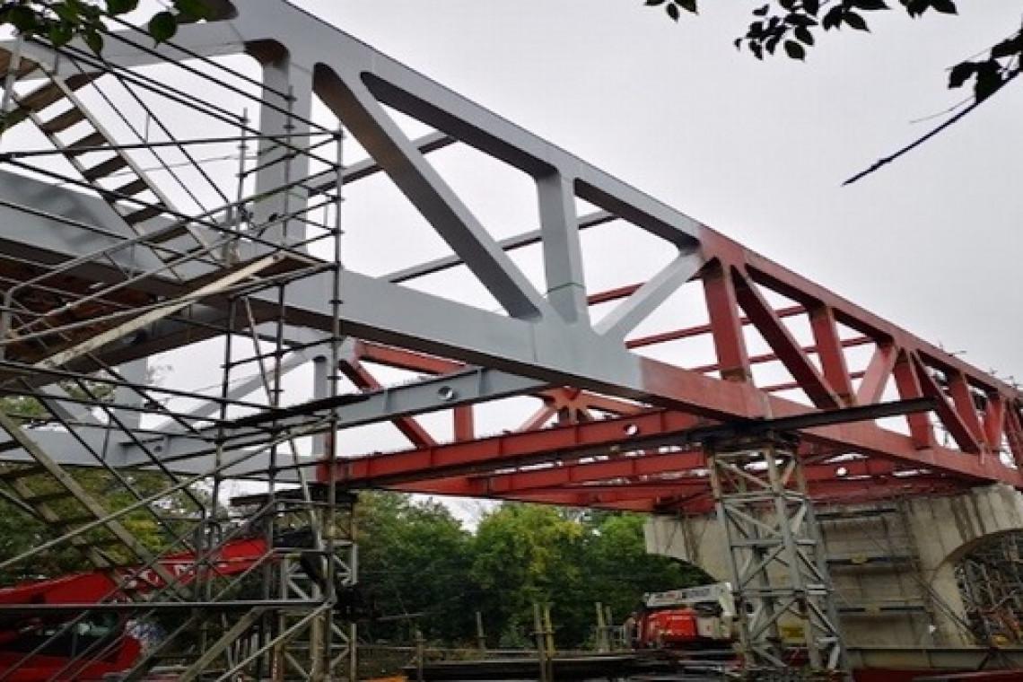 Prace przy budowie nowego wiaduktu we Wrocławiu idą pełną parą