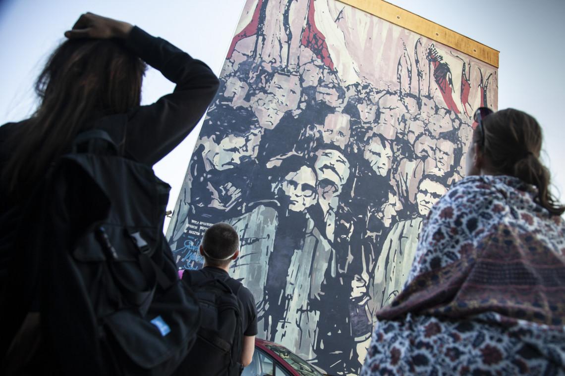 W Warszawie i Pradze odsłonięto dwa murale nawiązujące do historii ruchu solidarnościowego