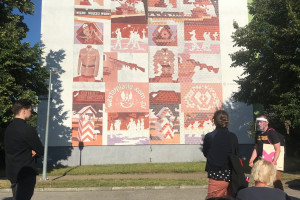 Murale o symbolice historycznej pojawią się na ścianach w Warszawie i Pradze
