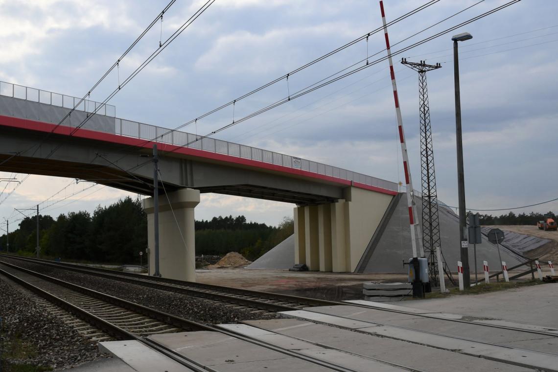 Nowe wiadukty nad Centralną Magistralą Kolejową