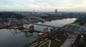 Stary most zniknął, czas na nową przeprawę w Krakowie