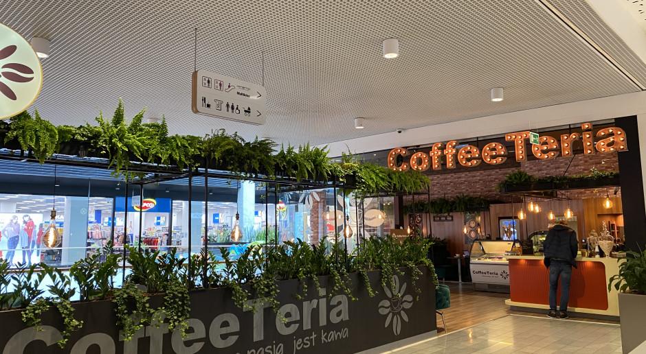 Nowy koncept kawiarni w Galerii Warmińskiej. Jest kameralnie i zielono