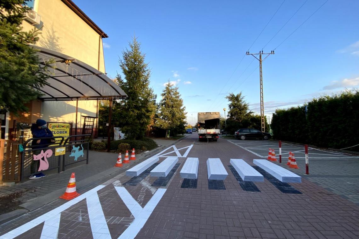 Trójwymiarowe przejścia dla pieszych robią furorę. Trend dotarł do Polski