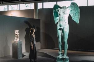 Trzymetrowa rzeźba Mitoraja, niedźwiedź za 3 mln zł czy niezrealizowany projekt pomnika Bohaterów Warszawy