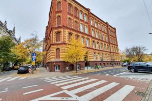 Remont zabytkowej szkoły w Poznaniu na finiszu