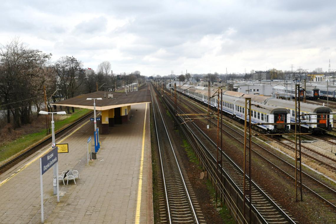 Nowe przystanki i przejścia podziemne na trasie z Warszawy do Otwocka