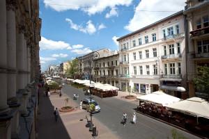 Łódź w rewitalizacji: spacer po odnowionych secesyjnych kamienicach miasta