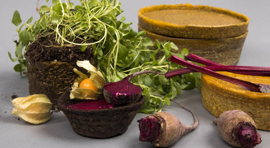 Odpady organiczne zamienia w obiekty użytkowe. Ekologiczny projekt młodej designerki