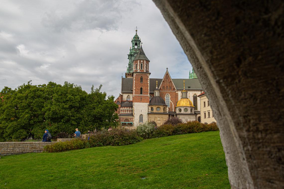 Dyrektorzy i kustosze muzeów opowiedzą online o Rezydencjach Królewskich