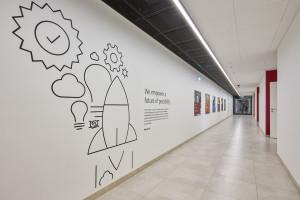 Nowoczesne wnętrza centrum badawczego w Bolero Office Park
