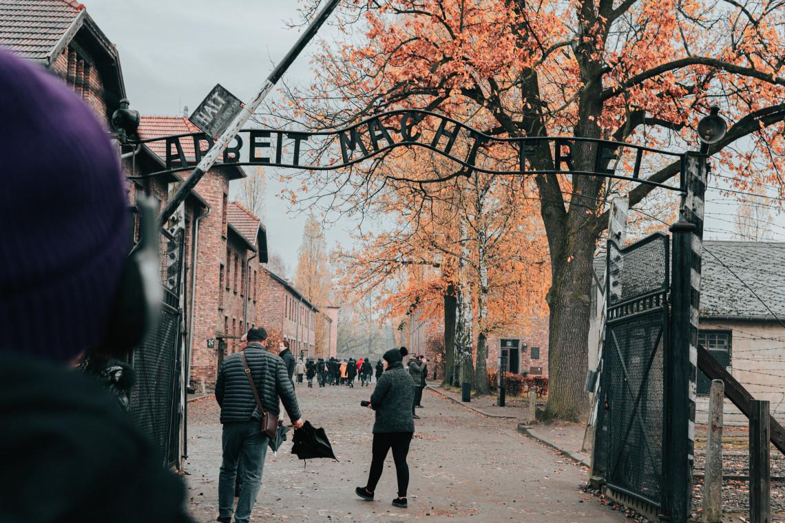 Muzeum Auschwitz planuje renowację zabytkowych rowów i przepustów