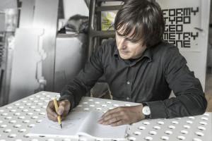 Oskar Zięta: lubię być artystą, ale także inżynierem i technologiem produkcyjnym