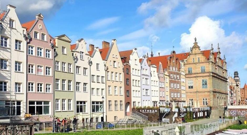 Odnowiono fasady kolejnych kamienic na gdańskim Głównym Mieście