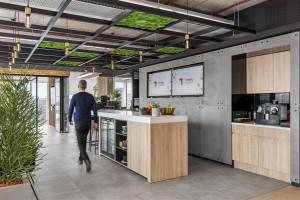 Siedem trendów w projektowaniu biur na rok 2021