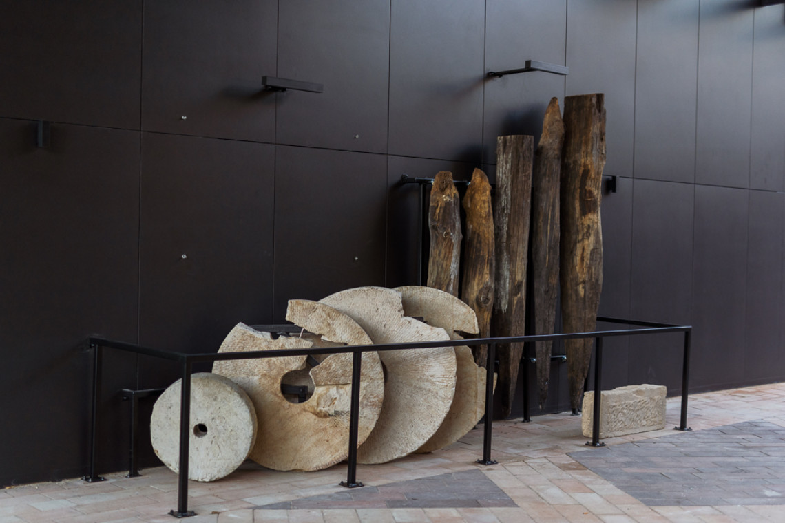 Odkrycia archeologiczne z budowy Bulwarów Książęcych trafiły na ekspozycję