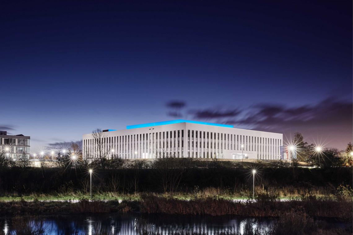 Budynek Wydziału Architektury Politechniki Poznańskiej ma superenergooszczędną iluminację