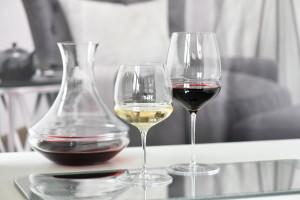 Ręcznie formowana kolekcja szkła od polskiego producenta