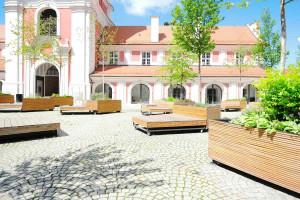 Tak przebiegała metamorfoza zabytkowego budynku i dziedzińca urzędu miasta w Poznaniu