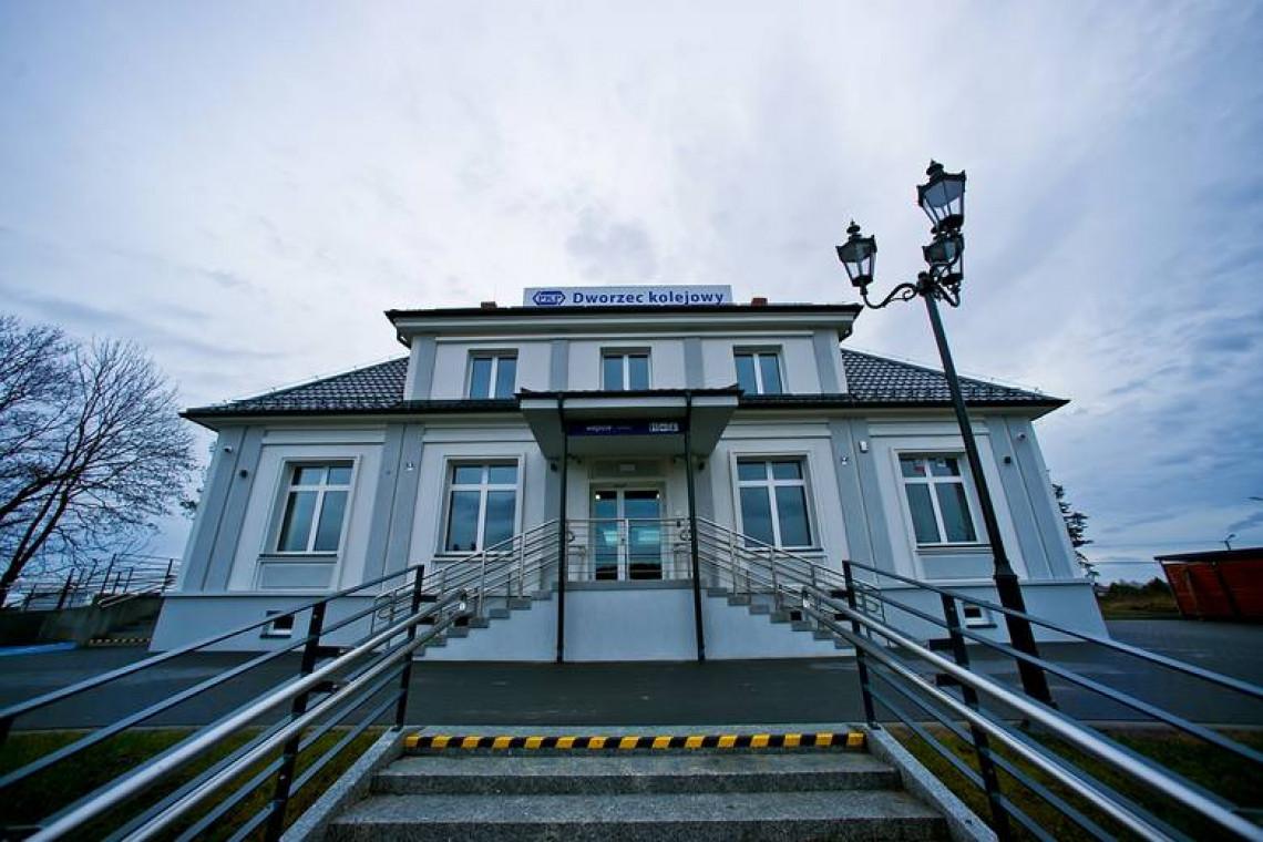 Zmodernizowany dworzec w Siemiatyczach już otwarty. Jest wygodniej i ekologiczniej