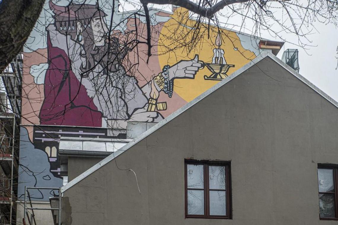 Półmetek prac remontowych kamienicy przy ul. Pomorskiej w Łodzi