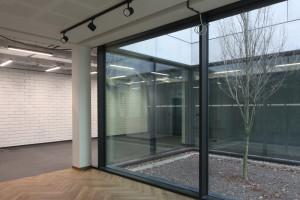 Muzeum Literatury ma nowy magazyn zbiorów. Zbudowany w poszanowaniu otaczającego go lasu