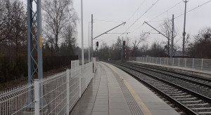 Odnowione przystanki dla podróżujących koleją w woj. łódzkim
