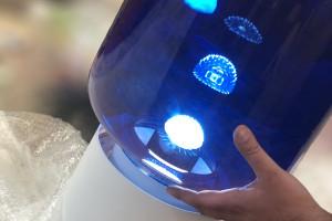 Maciej Karpiak projektuje lampy z odpadów