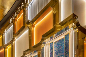 MVRDV zaprojektowali fasadę sklepu Bvlgari. Tak wygląda!