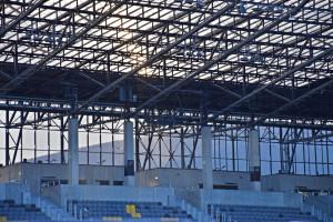 Dwie trybuny Stadionu Miejskiego w Szczecinie czekają na kibiców