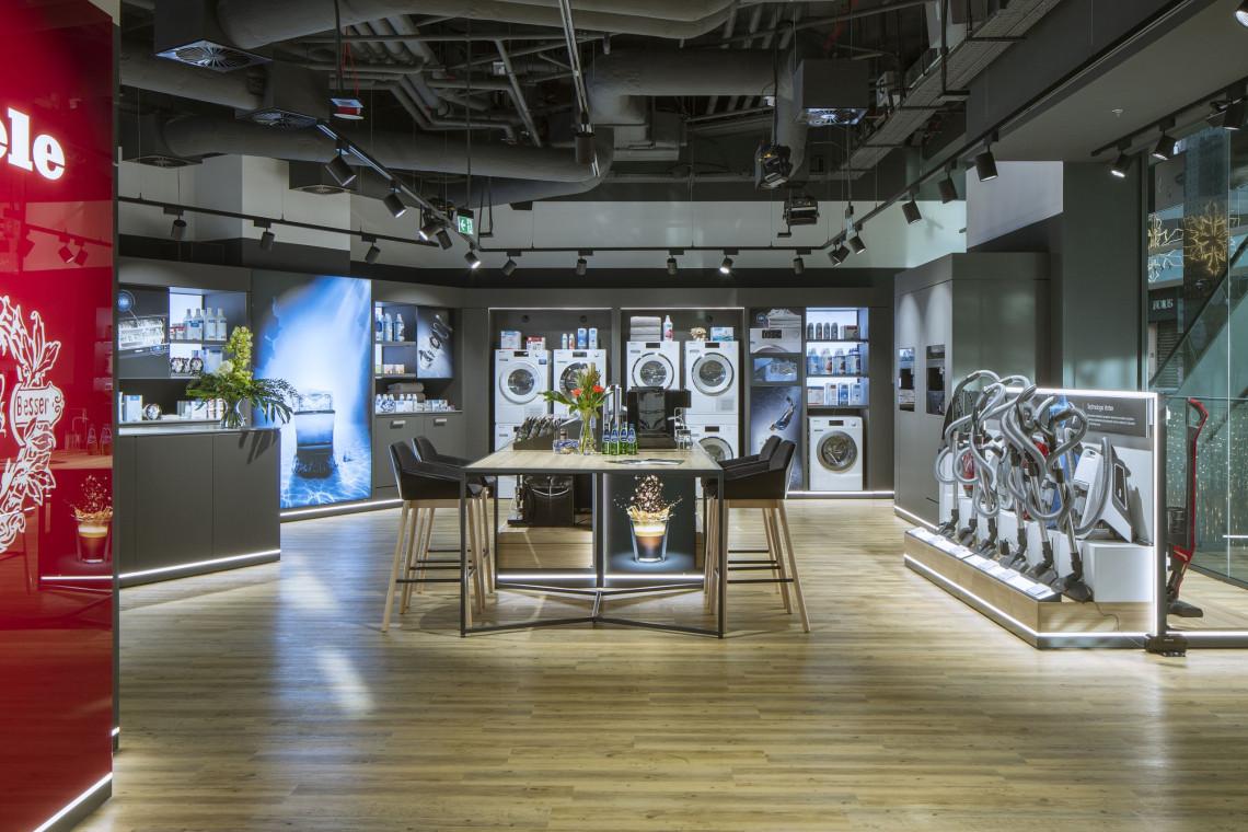 Producent sprzętu AGD otwiera nowy salon w Warszawie