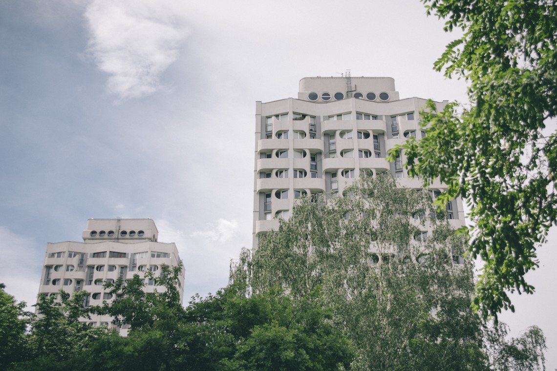 """Kultowe obiekty wrocławskiego Manhattanu w centrum uwagi """"Wędrującej wystawy"""""""