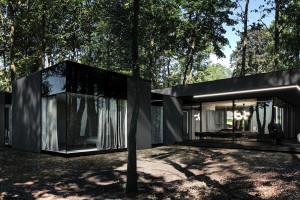 Futurystyczne projekty spod kreski Marcina Tomaszewskiego z pracowni Reform Architekt