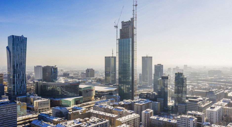 Pokaz multimedialny na fasadzie i dachu Varso Tower