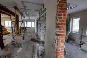 Dolne Miasto. Trwają intensywne prace w budynku przy ul. Królikarni w Gdańsku