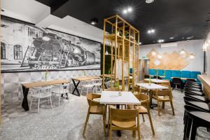 Restauracja z klimatem. Świetny projekt wnętrza w lofotowym stylu