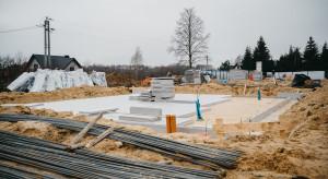 Wystartowała budowa drewnianego osiedla w Choroszczy